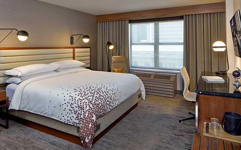 Renaissance Minneapolis Club Level King Guest Room